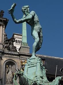 220px-P1010888Standbeeld_Brabo_Grote_Markt_Antwerpen
